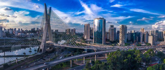 Les raisons de louer une voiture lors d'un voyage au Brésil