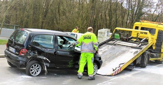 dépannage et le remorquage d'une voiture