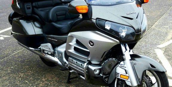 lois qui encadrent l'activité de taxi moto